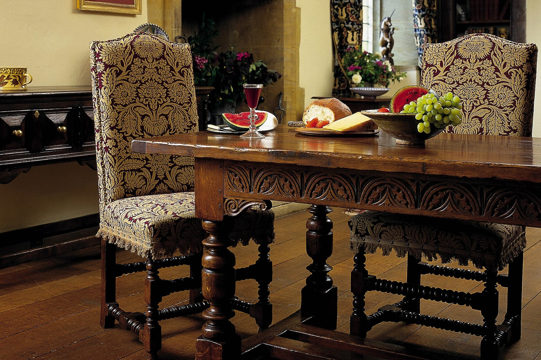 Charles I Dining Table & Lambrook Dining Chairs