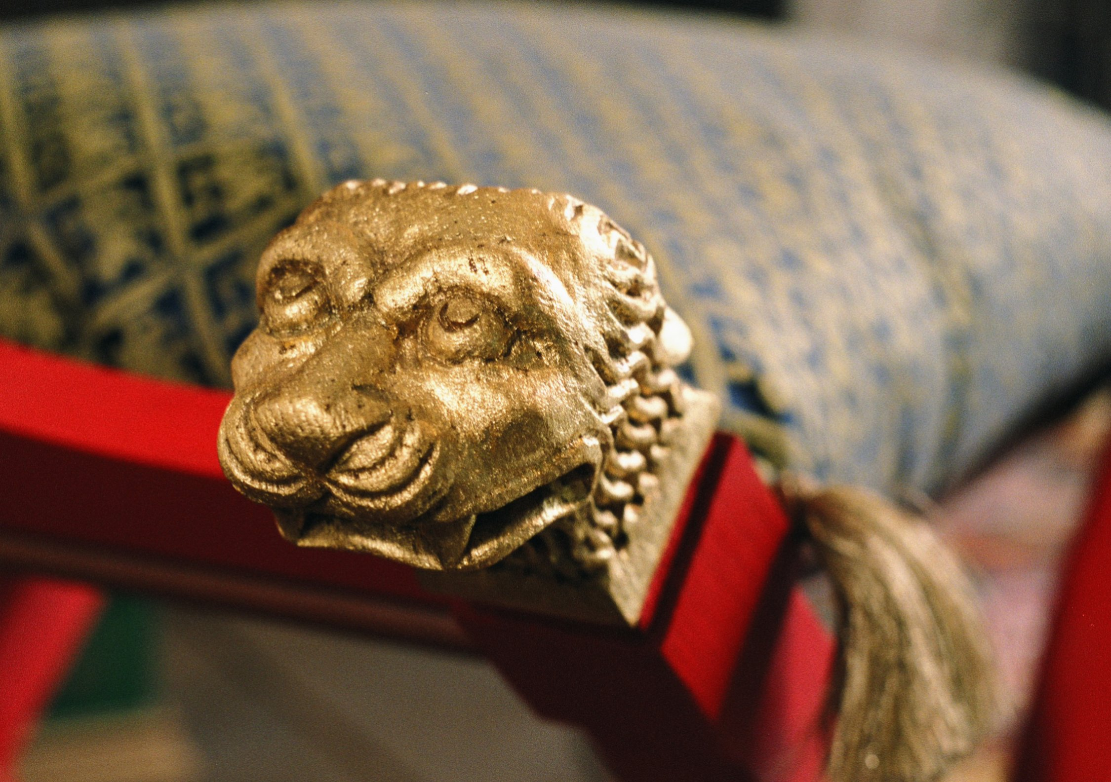 Hand carved detail - lion's head finial