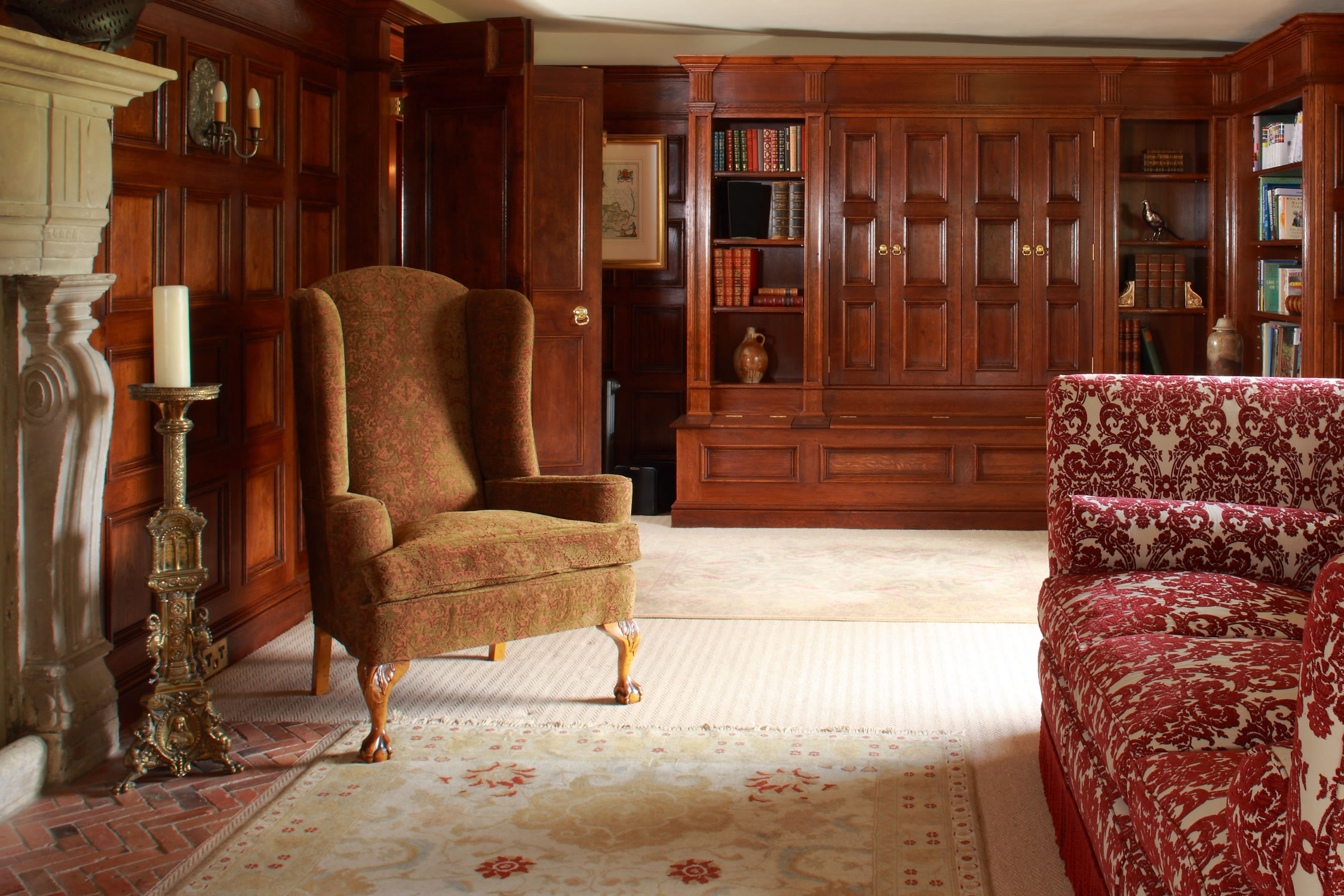 Oak panelled Drawing Room, inspired by the early C17th Perne Library, Cambridge