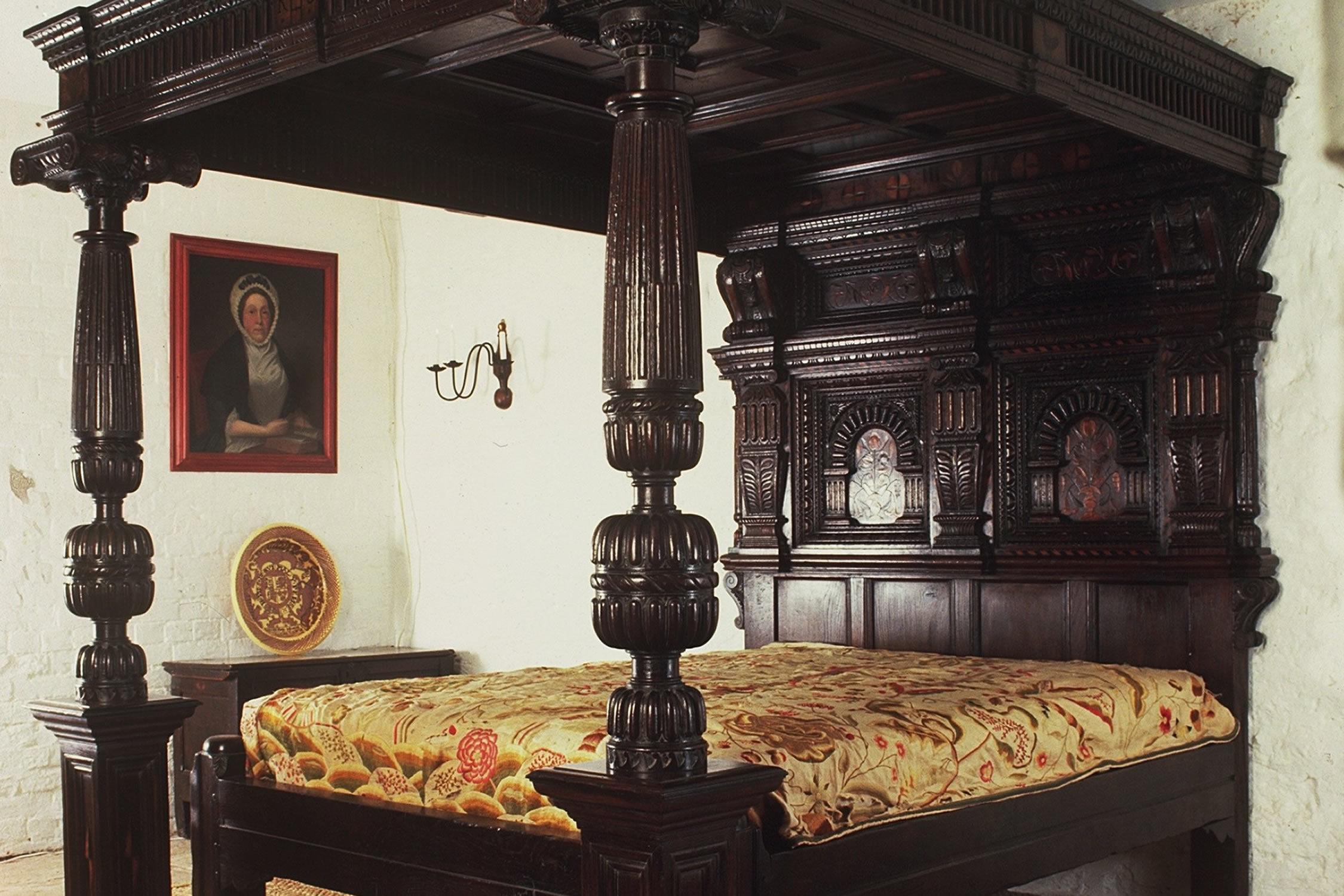 Corbet Bed