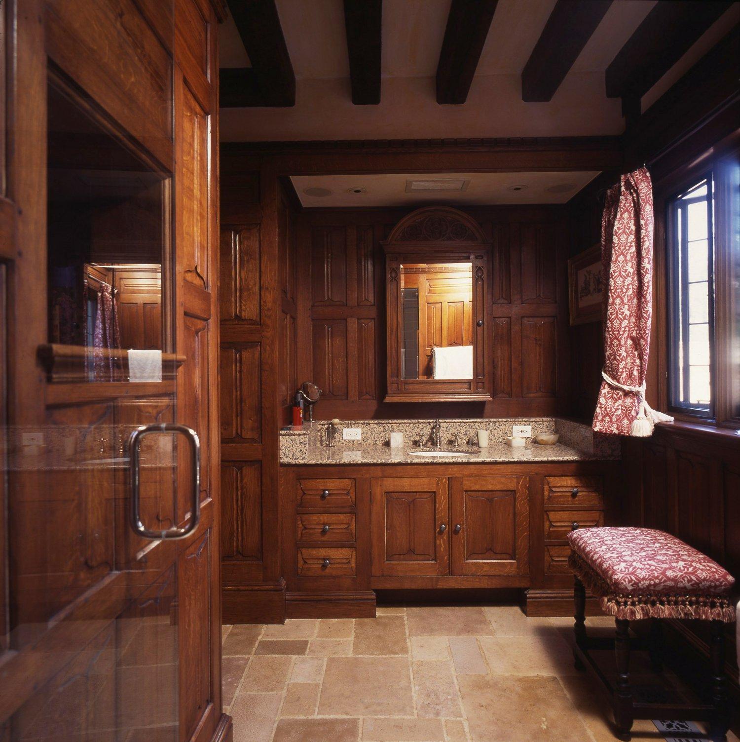 Oak panelled cloak room