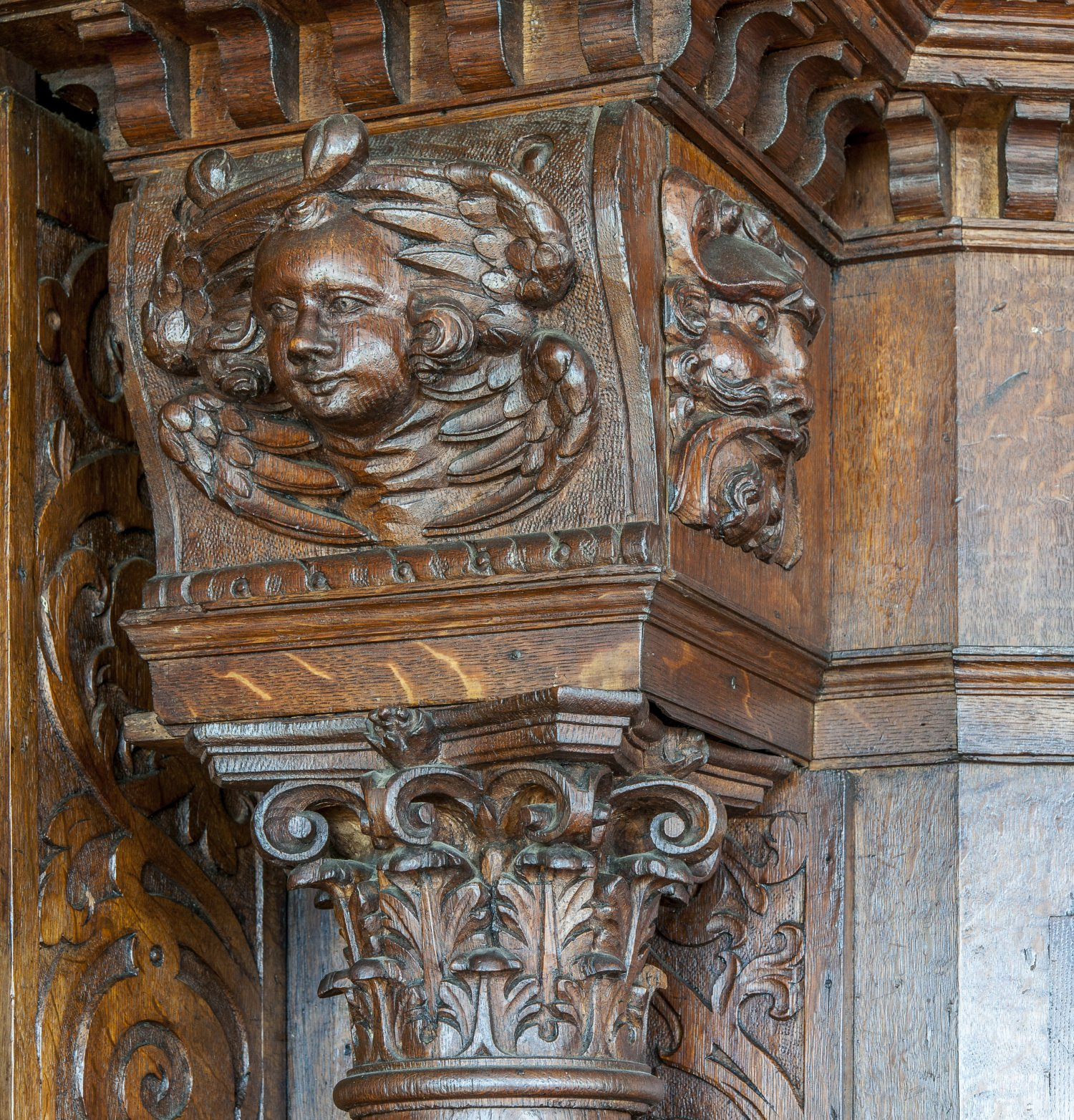Restoration of original late C16th oak joinery