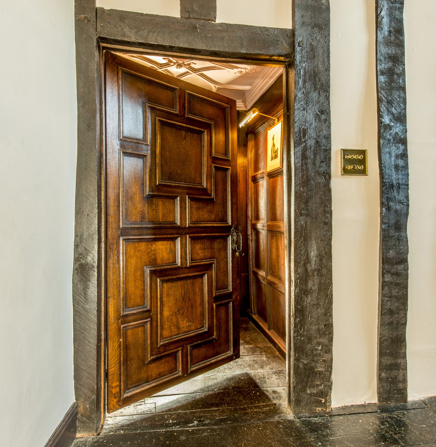 Solid oak, inner frame panelled door