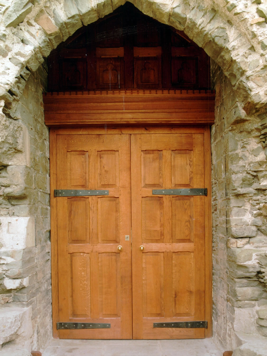Large pair of solid oak doors, specially designed for Caerphilly Castle (CADW)