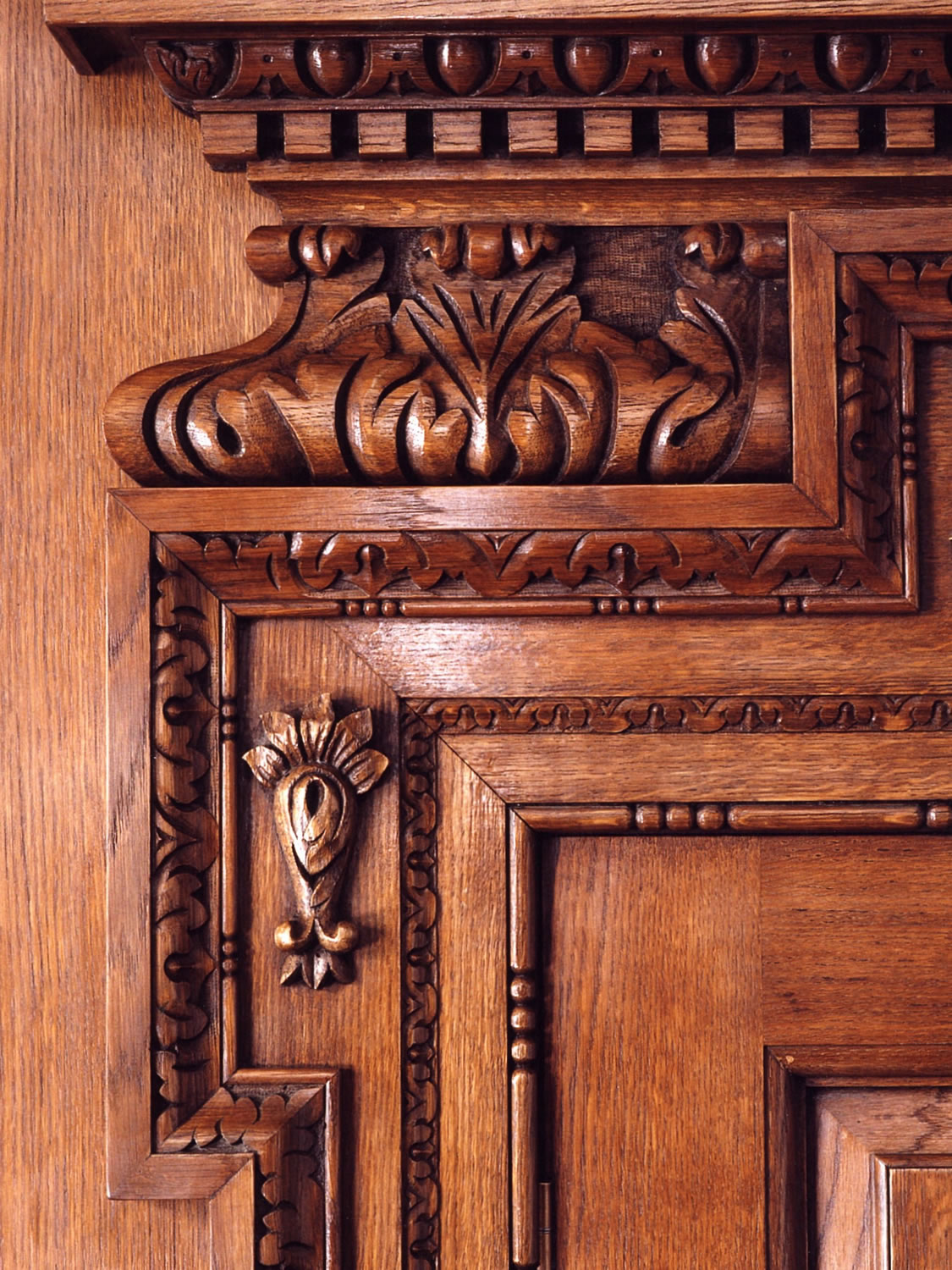 Georgian style, hand-carved oak pediment