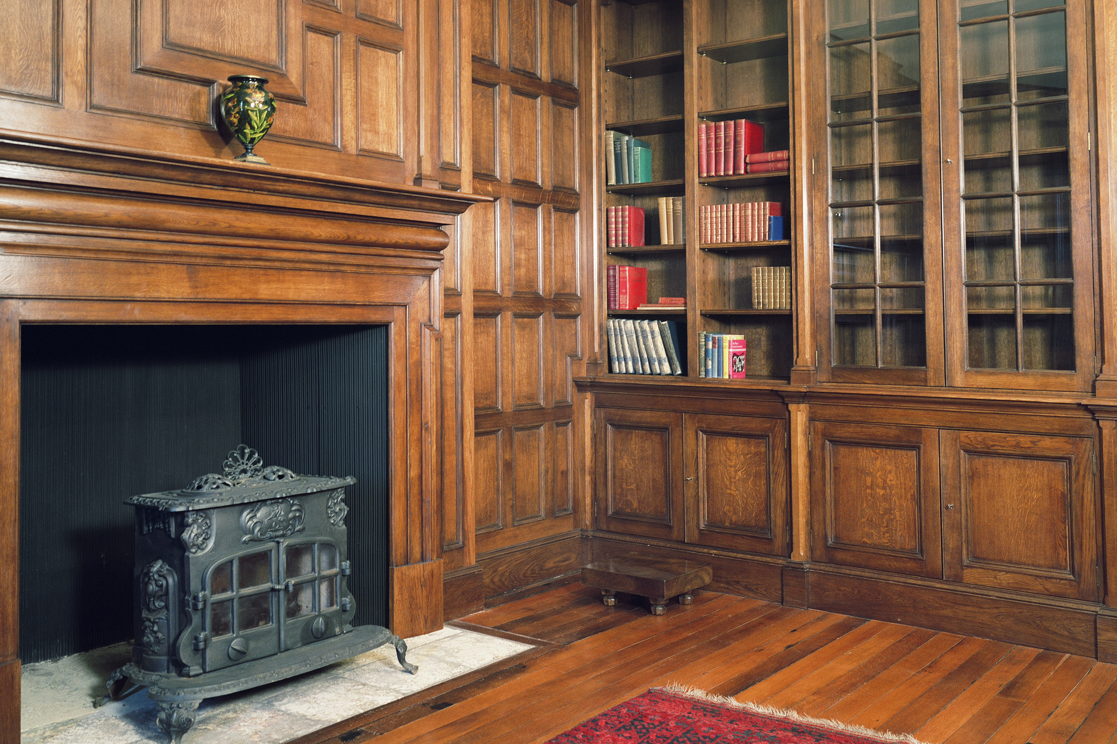 Oak library for an Arts & Crafts style Manor in Somerset