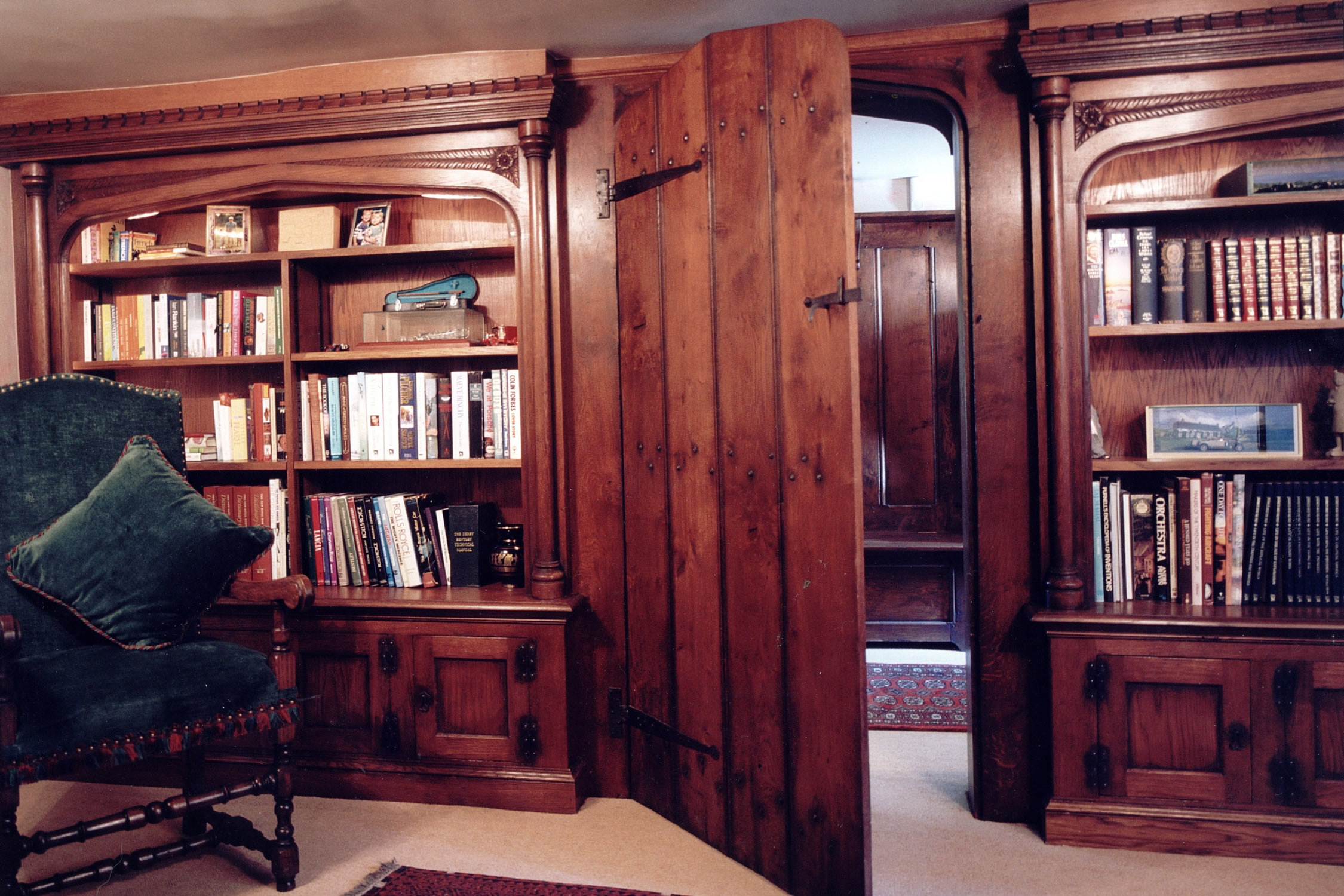 Tudor arched oak library for a C16th Devon Manor