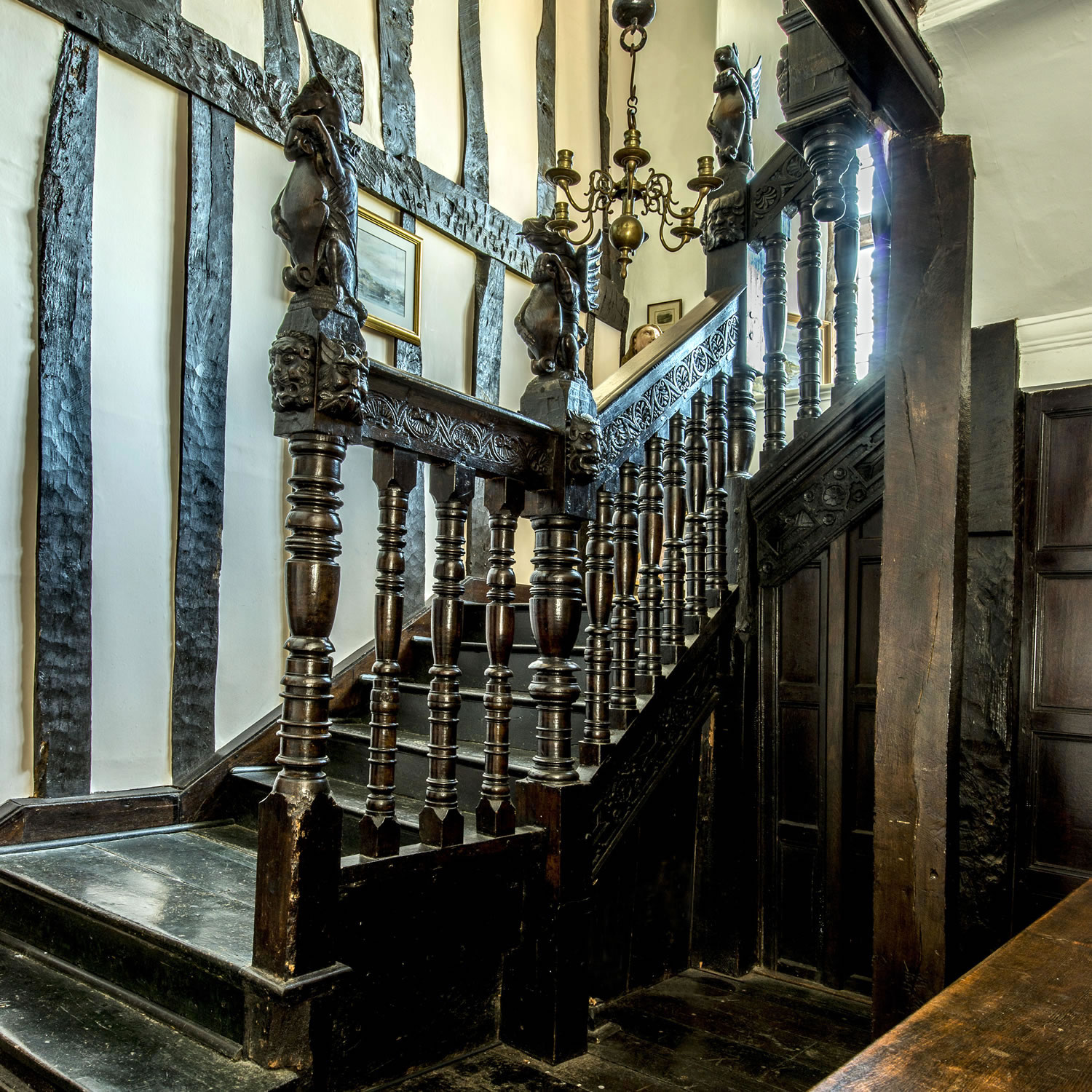 Restoration of a magnificent original C16th staircase in a Devonshire Manor