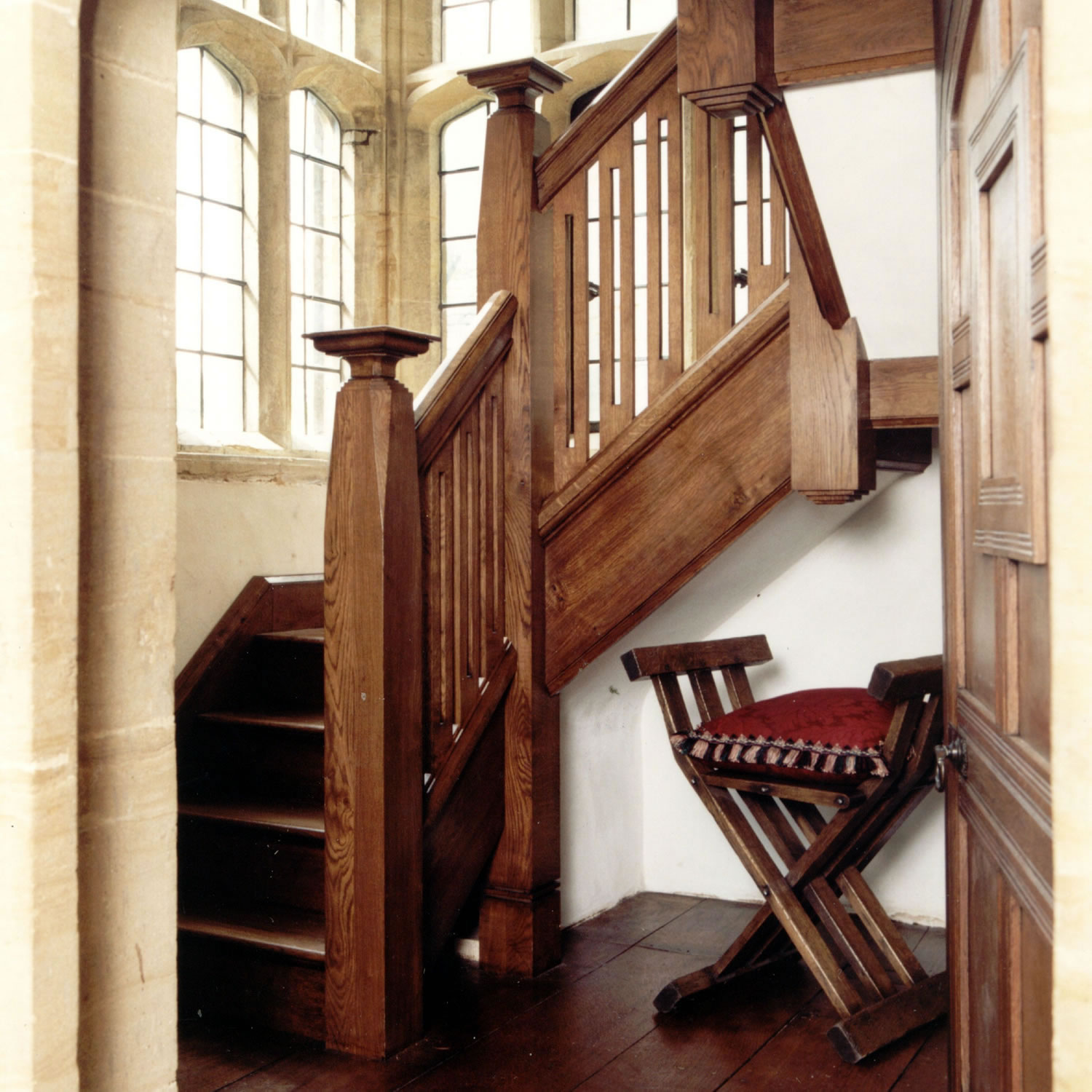 Arts & Crafts style oak staircase, designed and installed for the National Trust